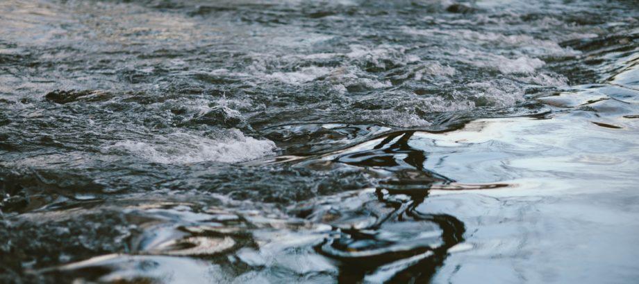 Kilka słów o opłacie stałej za usługi wodne