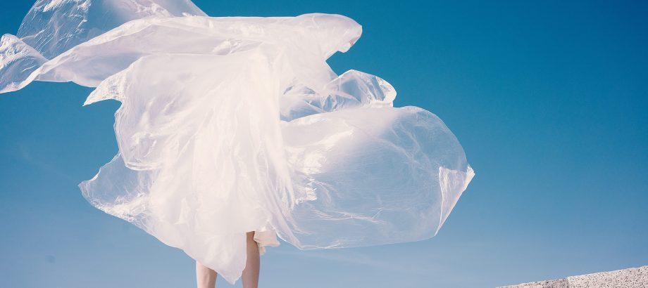 Plastikowa rewolucja – czy producenci wyrobów z plastiku mają się czego obawiać?